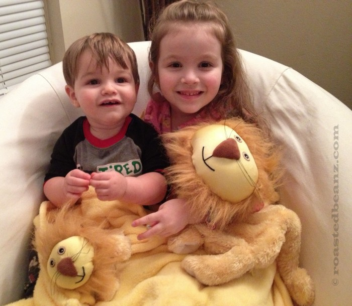 © Rasted Beanz: Zoobies Lencho The Lion With MIni Plush Giveaway