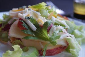 © Rachel Hull www.roastedbeanz.com #BlakesPairing Celery Salad