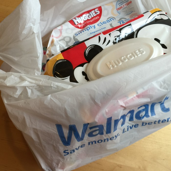 #TripleClean: Huggies At Walmart #linqia #ad © www.roastedbeanz.com