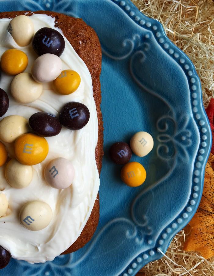 Pumpkin Spice Applesauce Cake Recipe © www.roastedbeanz.com #BakeInTheFun #ad #collectivebias #shop